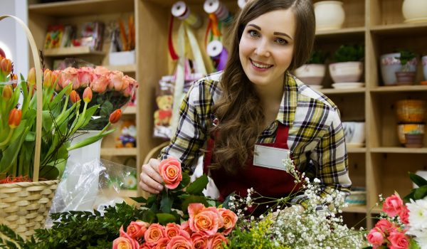 Ways to become a florist